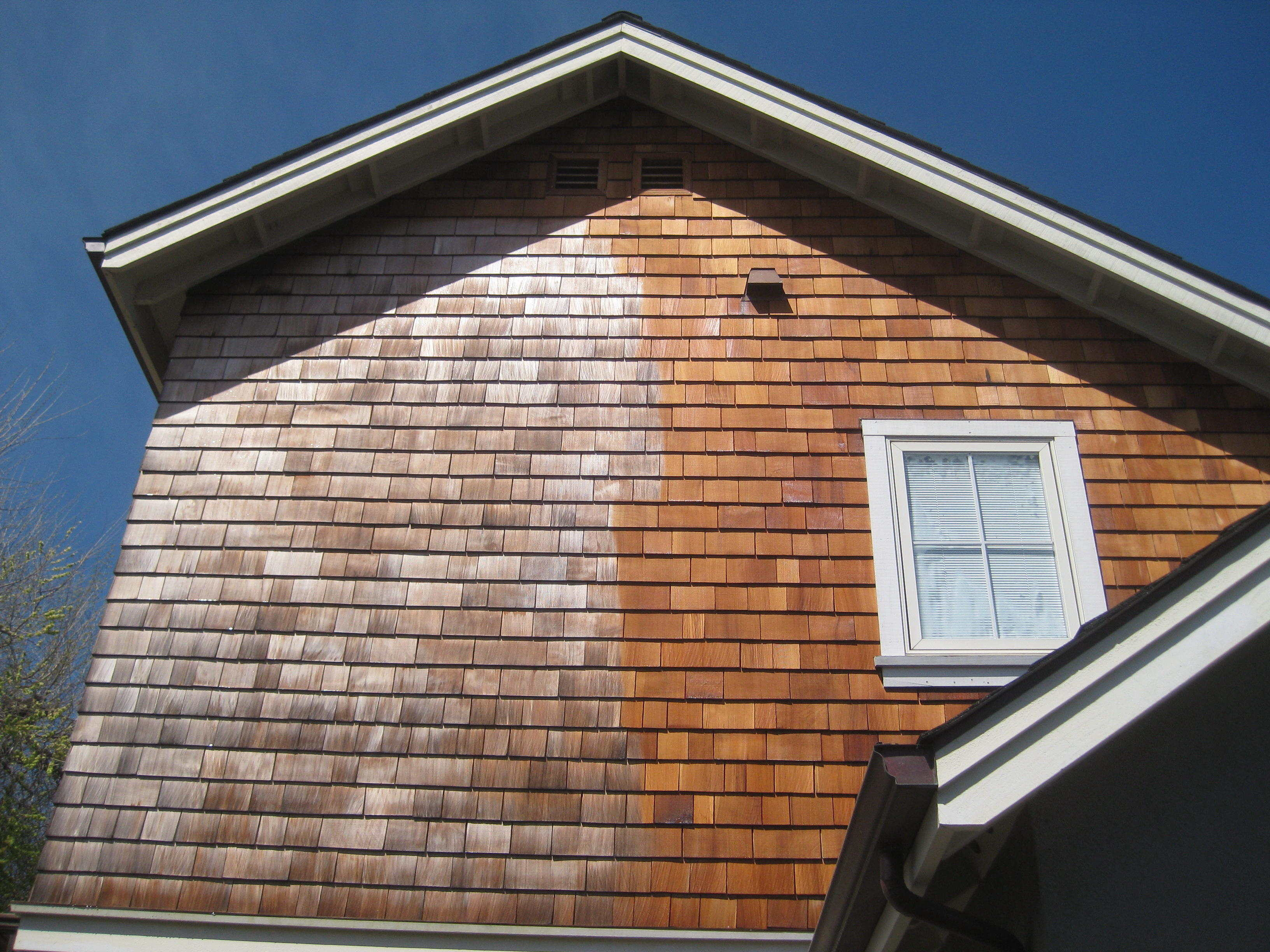 Cedar siding siding types and wood siding on pinterest for Cedar shake siding pros and cons